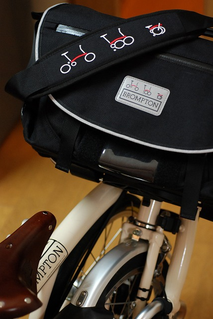 自転車の 自転車 フロント カメラバッグ : ... はじまりは青い折り畳み自転車