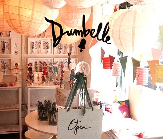 ニューヨーク唯一のペーパー・ドール専門店、Dumbelle_b0007805_523678.jpg