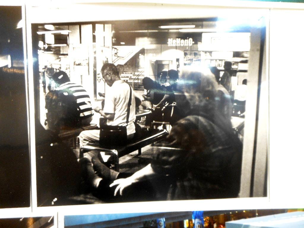1807)①「室蘭工業大学写真部・五人展 『変化はいつも・・・』」 市民ギャラリー 9月17日(火)~9月23日(日)_f0126829_10393329.jpg