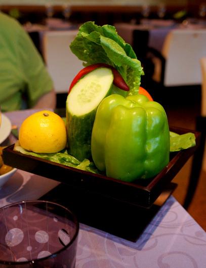 ジュネーブのお皿:コーラが高い高級レバノン料理店_c0201334_22455343.jpg