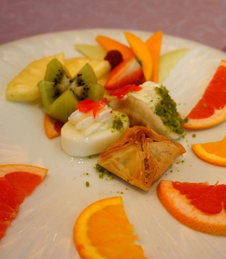 ジュネーブのお皿:コーラが高い高級レバノン料理店_c0201334_236898.jpg