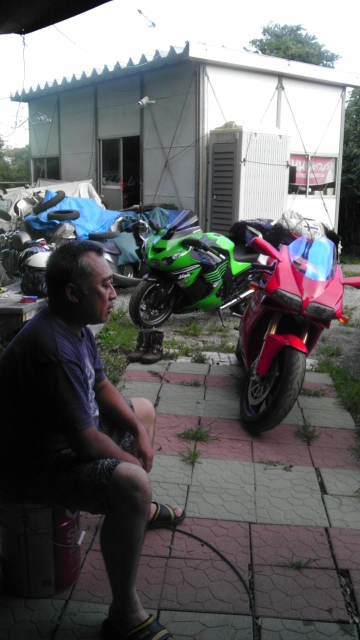 f0038898_6454271.jpg