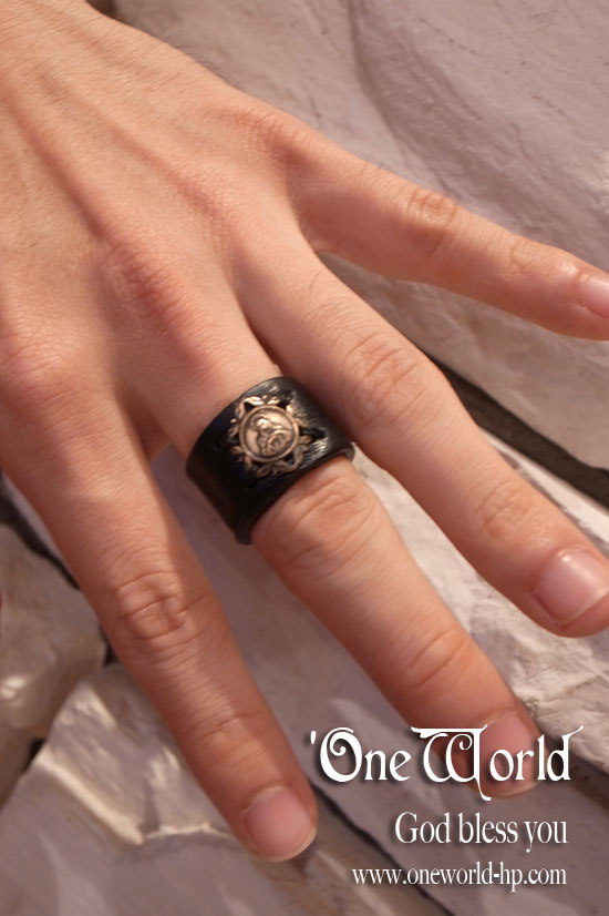 Leather Ring_a0155932_17301527.jpg
