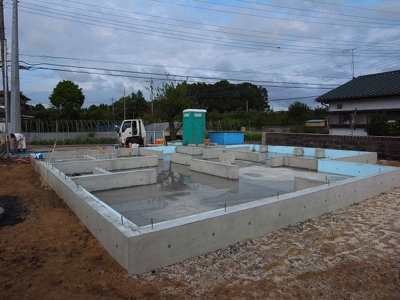 中台の家Ⅱ 基礎工事完了 2012/9/24_a0039934_17432012.jpg