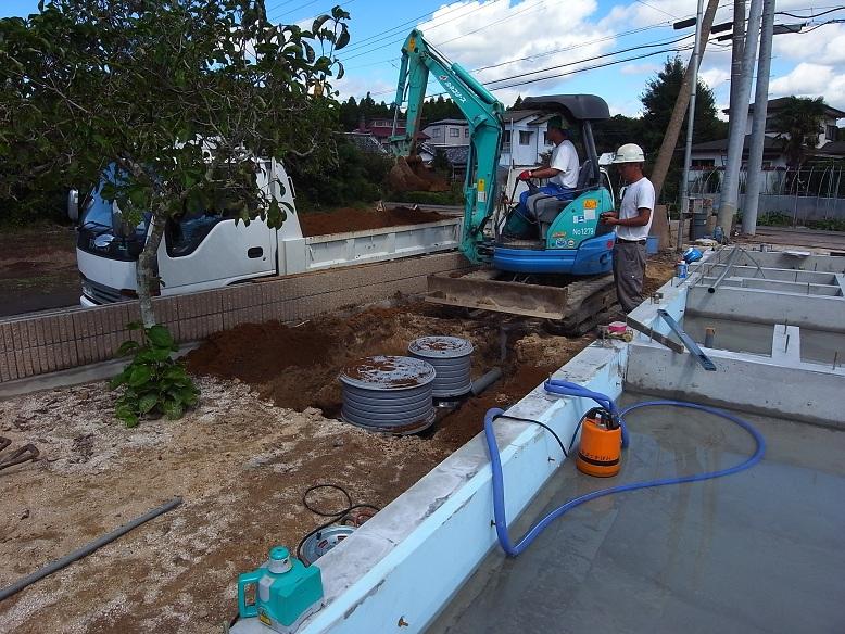 中台の家Ⅱ 基礎工事完了 2012/9/24_a0039934_17483427.jpg