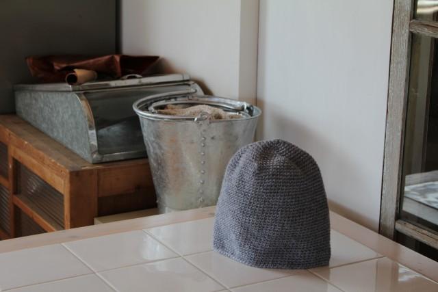 またもや毛糸の帽子と麻紐バック_b0132338_14125877.jpg