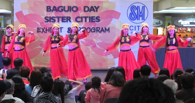 「姉妹都市Exhibit」 ピカチュウ・ドラえもん 頑張る! in Baguio_a0109542_16102669.jpg