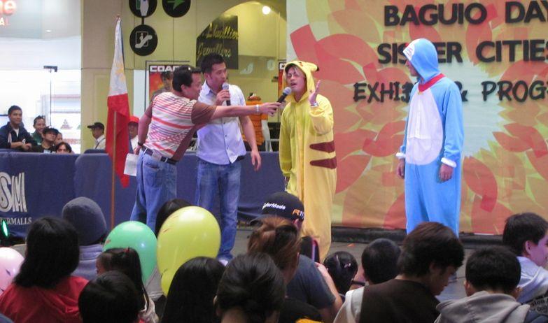 「姉妹都市Exhibit」 ピカチュウ・ドラえもん 頑張る! in Baguio_a0109542_16123488.jpg