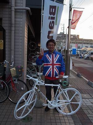 ビアンキ ピスタ カスタマイズド _e0140354_1543426.jpg