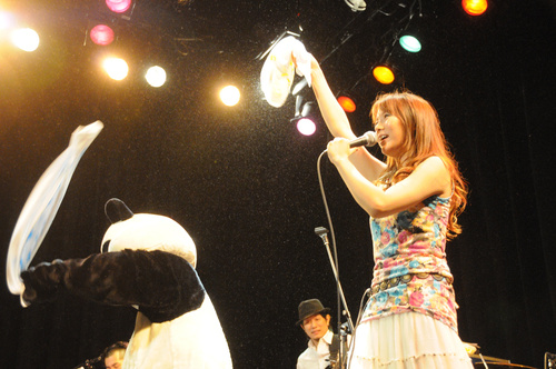 マウントレーニアホール渋谷プレジャープレジャーありがとう!!_e0261371_194192.jpg