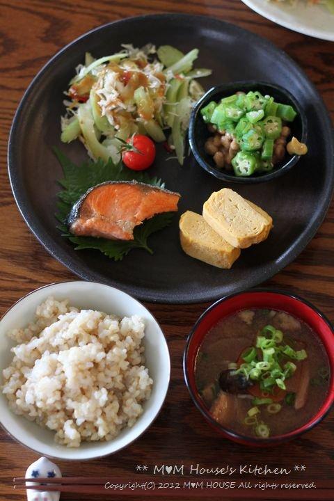 納豆パワー  ☆ 今日のお弁当と夕ご飯♪_c0139375_1329152.jpg