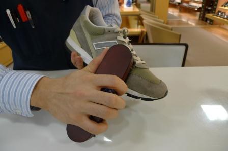 181a561ad14da NEW BALANCE 996」をお手入れ : 池袋西武5F靴磨き・シューリペア工房