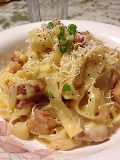 /// 今日のおばんざいは朝野家館主の『カルボナーラ・スパゲティ』の簡単レシピです ///_f0112434_22553256.jpg