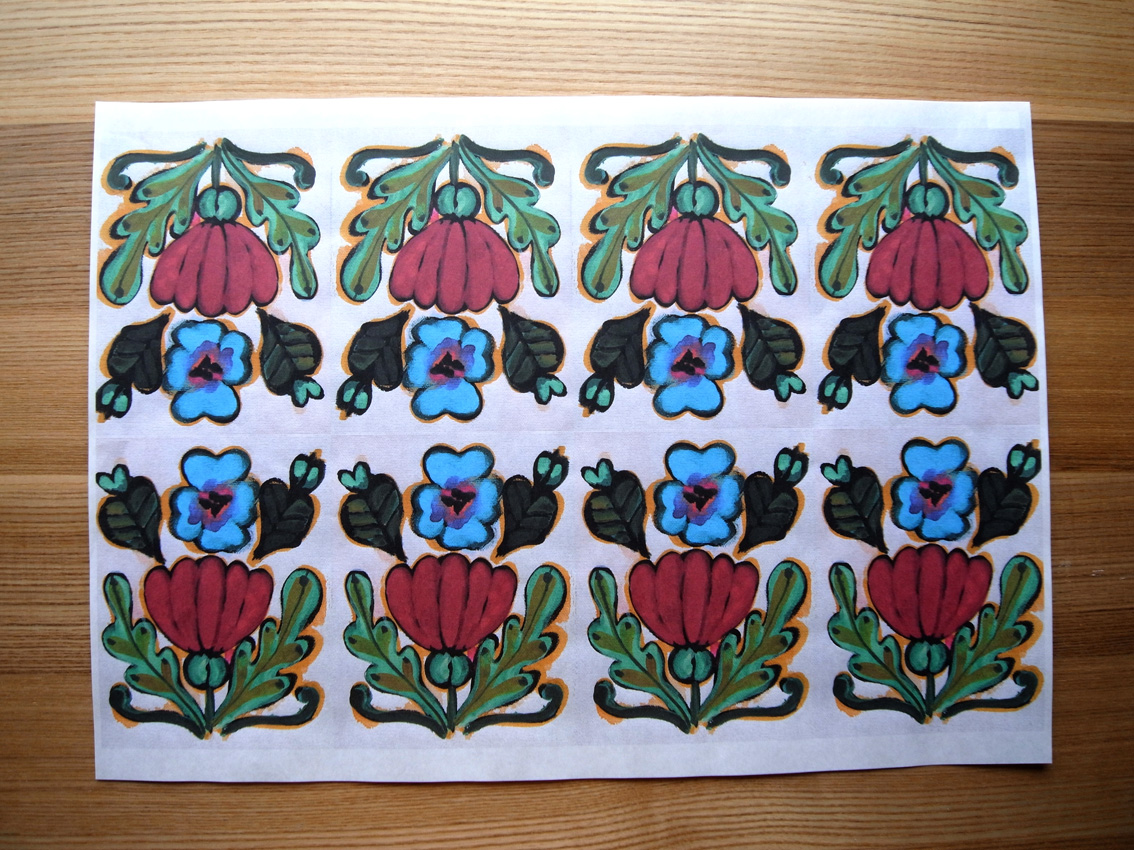 MARUU POSTCARDS AND WRAPPING PAPERS_e0216816_139455.jpg