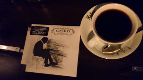 """本日☆19:00〜""""せかいの街角音楽物語""""【裸のイザベラ】 @BarMusic_Coffee 渋谷で夕飯☆話題新譜作CDも→_b0032617_125933.jpg"""
