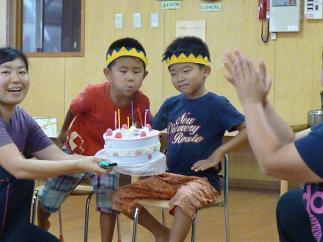 9月の誕生日会をしました。_c0151262_1421212.jpg