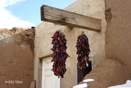 Taos Pueblo, New Mexico  タオス プエブロ 世界遺産_e0253364_13421558.jpg