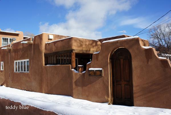 Santa Fe style  サンタフェスタイルのかわいいお家たち_e0253364_13494776.jpg