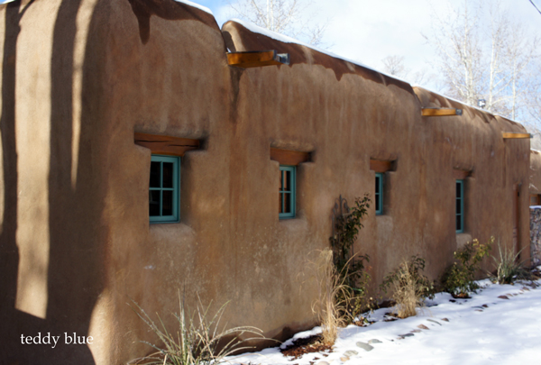Santa Fe style  サンタフェスタイルのかわいいお家たち_e0253364_13503665.jpg
