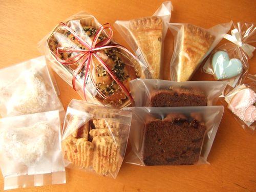 アイシングクッキー&焼菓子など_e0160246_1159343.jpg
