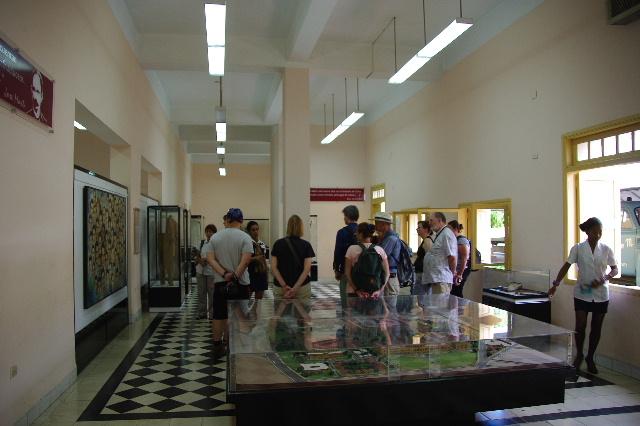 キューバ (69) モンカダ兵営博物館 その1 博物館編_c0011649_142176.jpg