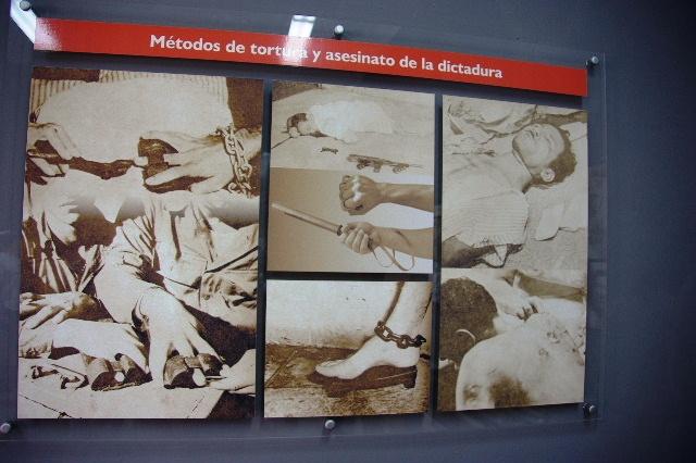 キューバ (69) モンカダ兵営博物館 その1 博物館編_c0011649_14224785.jpg