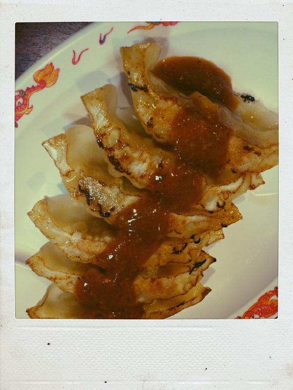 ジャッキーの鶏そばと鶏餃子。_b0065587_2112651.jpg