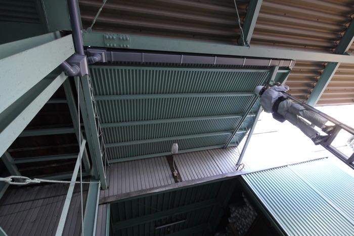 屋根改修工事_e0214805_1427633.jpg