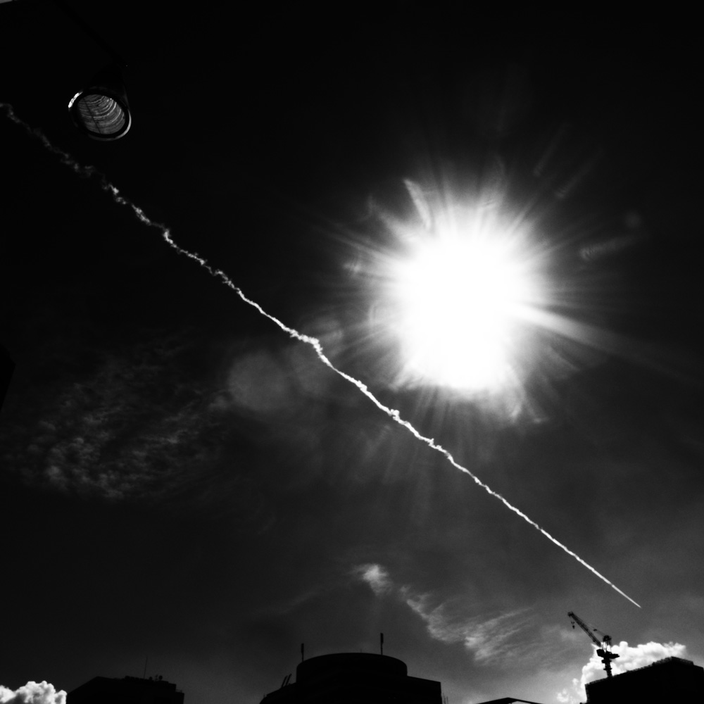 夏の飛行機雲_e0004009_2185139.jpg