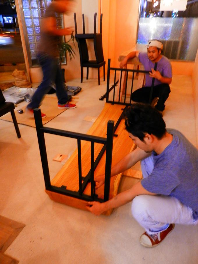 「立て看板」と「テーブルのアイアン」☆_a0125419_1573868.jpg