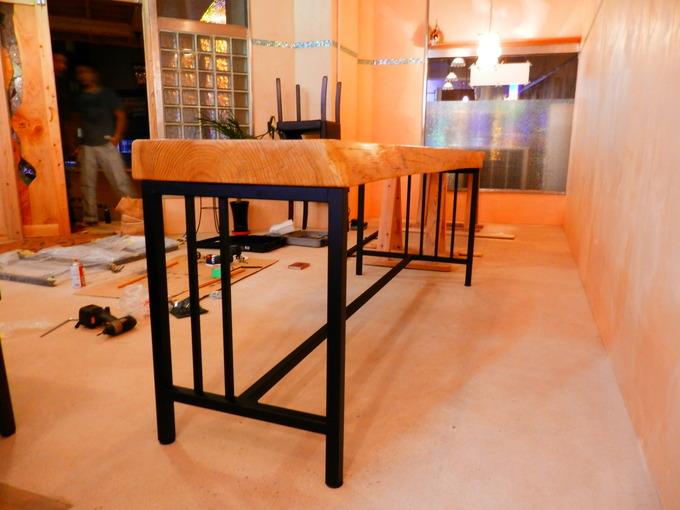 「立て看板」と「テーブルのアイアン」☆_a0125419_1593817.jpg