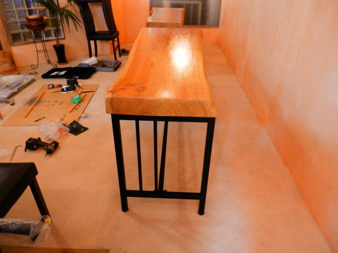 「立て看板」と「テーブルのアイアン」☆_a0125419_159986.jpg