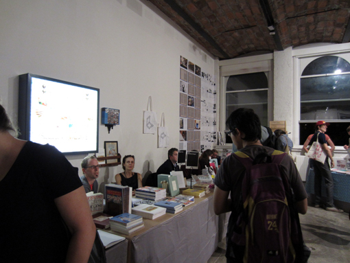 "THE NY ART BOOK FAIR_report2 ""Pepper\'s Gallery Booth\""_c0096440_1931379.jpg"