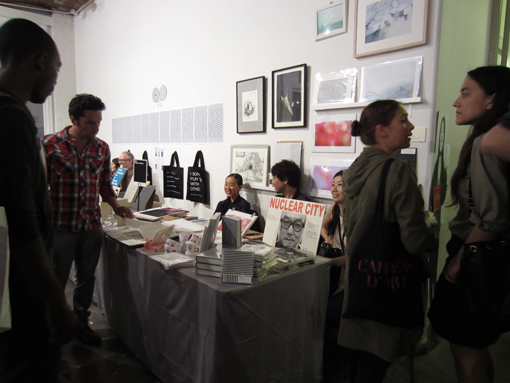 "THE NY ART BOOK FAIR_report2 ""Pepper\'s Gallery Booth\""_c0096440_19324349.jpg"