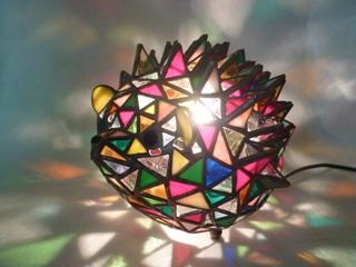 ハリネズミの立体ランプとマリア様_f0008680_22445990.jpg