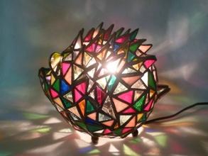 ハリネズミの立体ランプとマリア様_f0008680_22451215.jpg