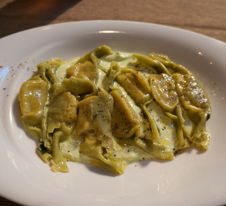 Assiette Genevoise: Simply Italian @ Olio _c0201334_843210.jpg