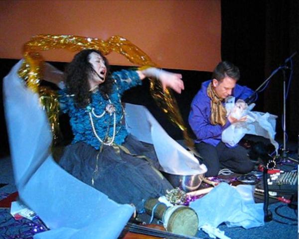 ユミ&ガイ・ハリーズ丑三時の映画館ライヴ終了 ビデオと写真_c0129545_23281717.jpg