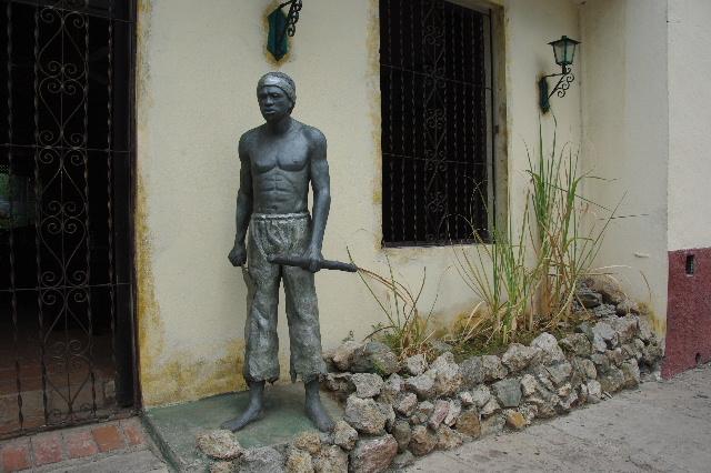 キューバ (71) レストラン El Barracon で休憩。そして空港へ_c0011649_0553247.jpg