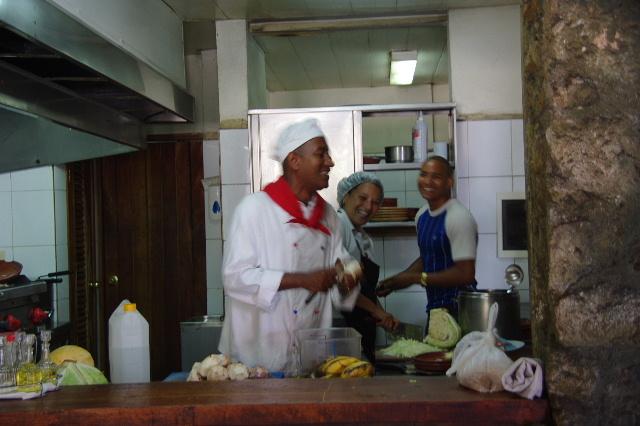 キューバ (71) レストラン El Barracon で休憩。そして空港へ_c0011649_124238.jpg