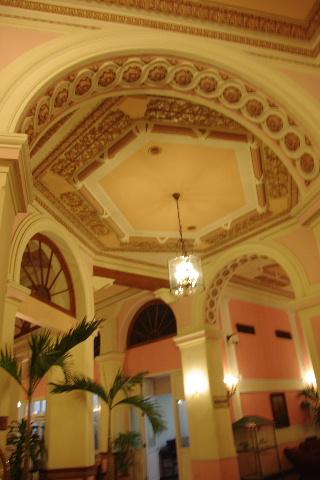 キューバ (75) ハバナのホテル・プラザ Hotel Plaza_c0011649_23182313.jpg