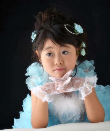 3歳のSくんと違いすっかりお姉さんのSちゃん....その雰囲気を大事に...._b0194185_23364422.jpg