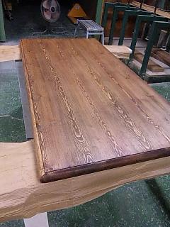 ダイニングテーブル塗装_e0269185_2329873.jpg