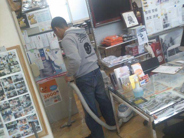 ランクル TOMMY 札幌店 9月30日!_b0127002_20405842.jpg