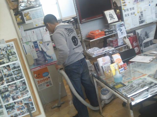 ランクルトミー札幌店(^o^)開店準備中_b0127002_8381664.jpg