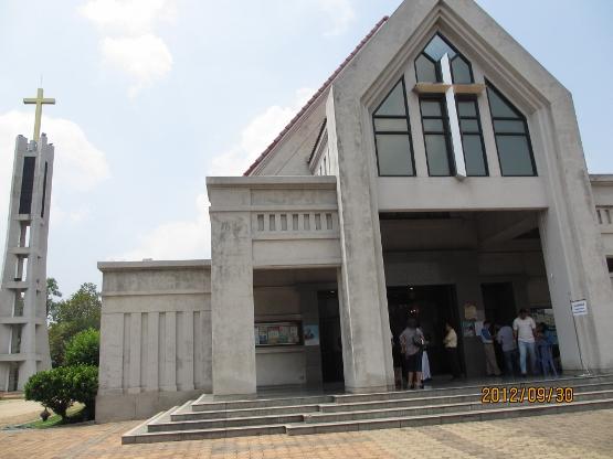 カトリックキリスト教会に礼拝に行ってきました_b0100062_19105115.jpg