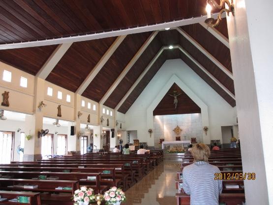 カトリックキリスト教会に礼拝に行ってきました_b0100062_19133753.jpg