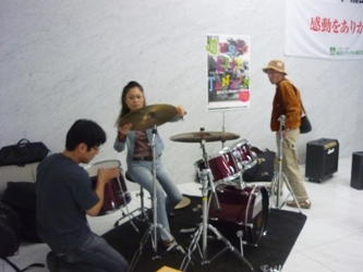 カラフルの仲間が、MCT(ミュージックシティ天神)に参加しました。_e0188087_22333222.jpg