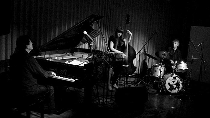 Dag Arnesen Trio - ライヴ感想_e0081206_1002151.jpg