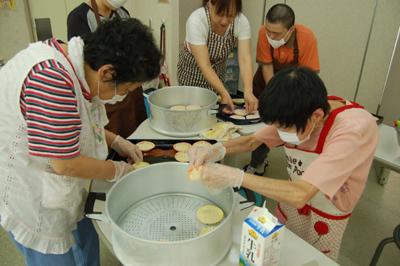 9/28蒸しパンとバナナジュースを作りました!_a0154110_8285926.jpg
